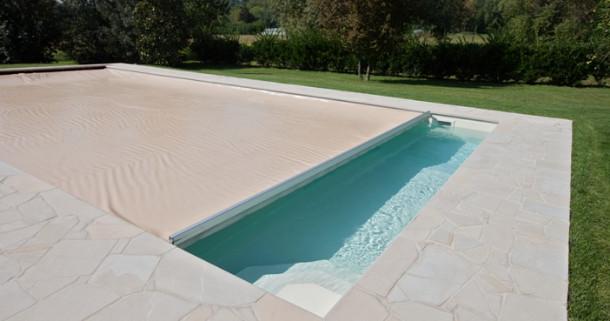 tipologie di coperture invernali per piscine interrate