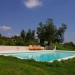 Iblue piscine prefabbricate modulari con skimmer sfioratore - Quanto costa una piscina ...