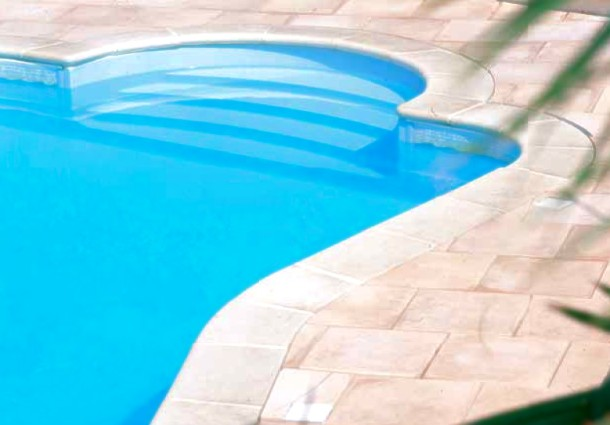 tipologie di gradini per piscine interrate blog i blue