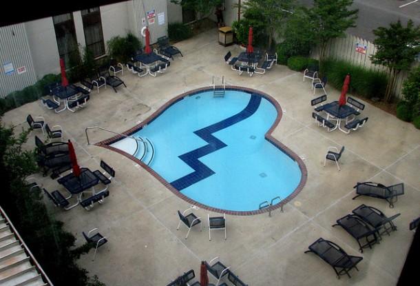 piscine dalle figure strane a forma di cuore blog i blue