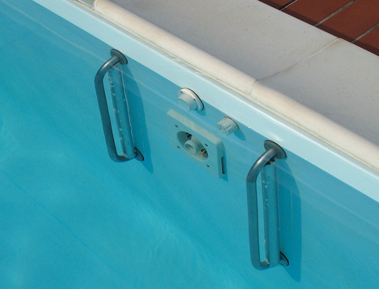 nuoto controcorrente installato in piscina