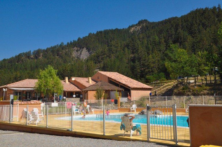 Recinzioni per piscine interrate blog i blue - Recinzioni per piscine ...